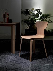 Ozzio - Hat Dining Chair
